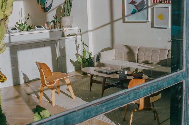 Airbnb, Madrid y ahora la COVID 19. Un ejemplo de tecnología frente a escala identitaria urbana.